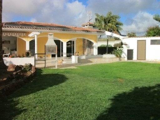 Verkauft ruhiges bungalow mit garten in jardin del sol for Bungalows jardin del sol
