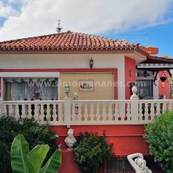 Antiq-Stil Haus Puerto Cruz. Fassade Süd