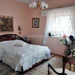 Antiq-Stil Haus Puerto Cruz. Schlafzimmer 1 mit Bad en Suite