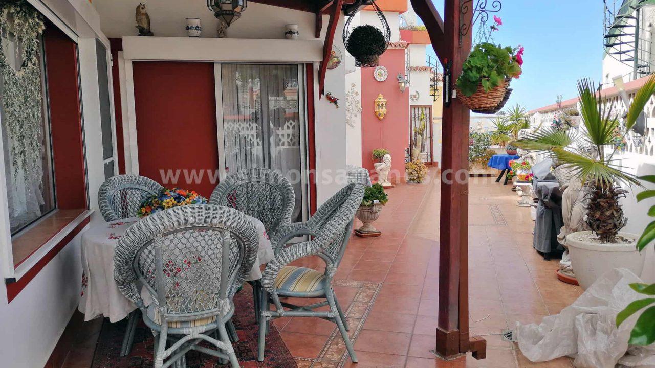 Antiq-Stil Haus Puerto Cruz. Terrasse Frühstück