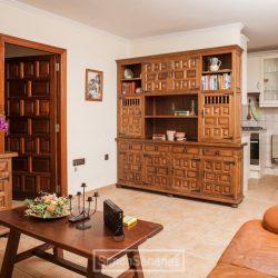 Wohnzimmer und Küche. Apartment La Palmita
