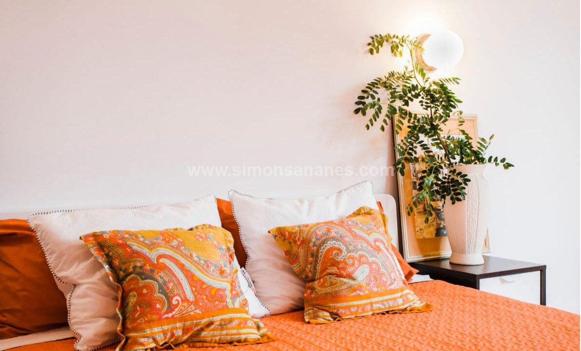 2-Schlafzimmer-Wohnung-Puerto-de-la-Cruz.-Bett