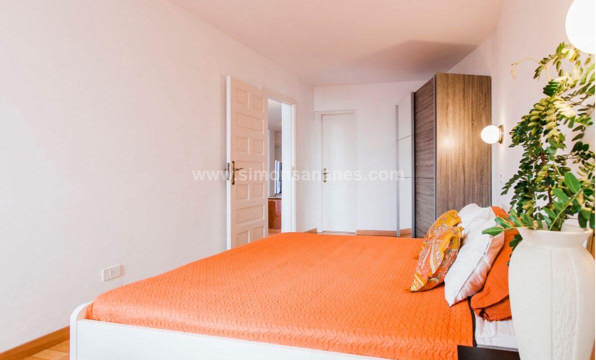 2-Schlafzimmer-Wohnung-Puerto-de-la-Cruz.-Hauptschlafzimmer