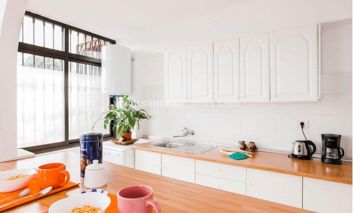 2-Schlafzimmer-Wohnung-Puerto-de-la-Cruz.-Küche-3