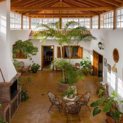 Patio Haupthaus mit Holzdach
