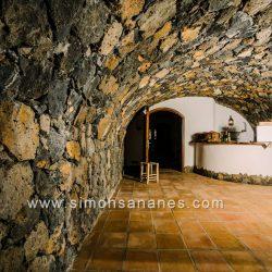 Luxus Villa La Orotava. Keller mit Wein Bodega