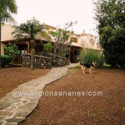 Luxus Villa La Orotava. Veranda und Garten