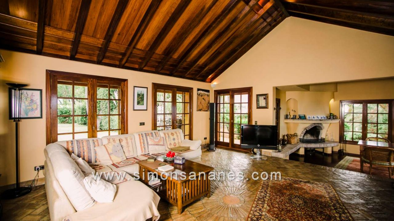 Luxus Villa La Orotava. Wohnzimmer mi tKamin