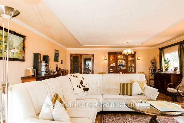 Elegantes Chalet mit separatem Apartment in La Gorvorana