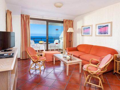 Komfortwohnung mit separatem Schlafzimmer mit Pool und Tennisanlage in La Paz