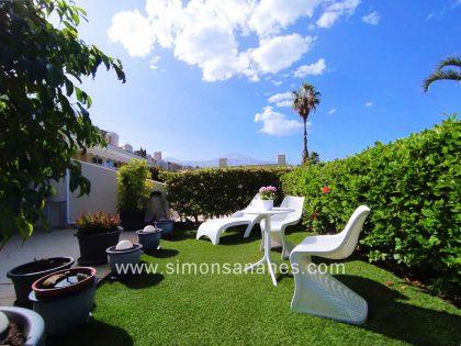 VERKAUFT! Hochwertige Wohnung mit Pool und Garten in Cuesta La Villa