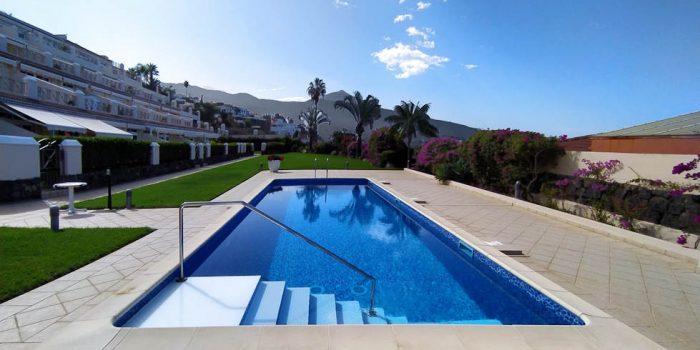2 SZ Apartment mit Pool und Garten